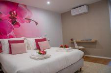 Apartamento em Funchal - Orchid Flower City Center Apartment