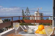 Balcony with sea view in Funchal
