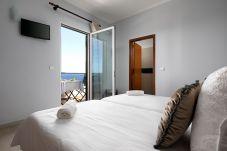 Chambres d'hôtes à Porto Moniz - Pérola Views Inn Suite com Vista Mar